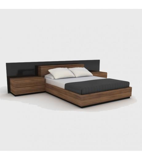 Спалня с нощни шкафчета