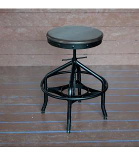 Стол с регулируема височина