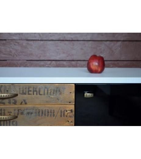 Нисък шкаф